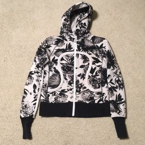 Lululemon Athletica Hoodie Floral Size Small (6)